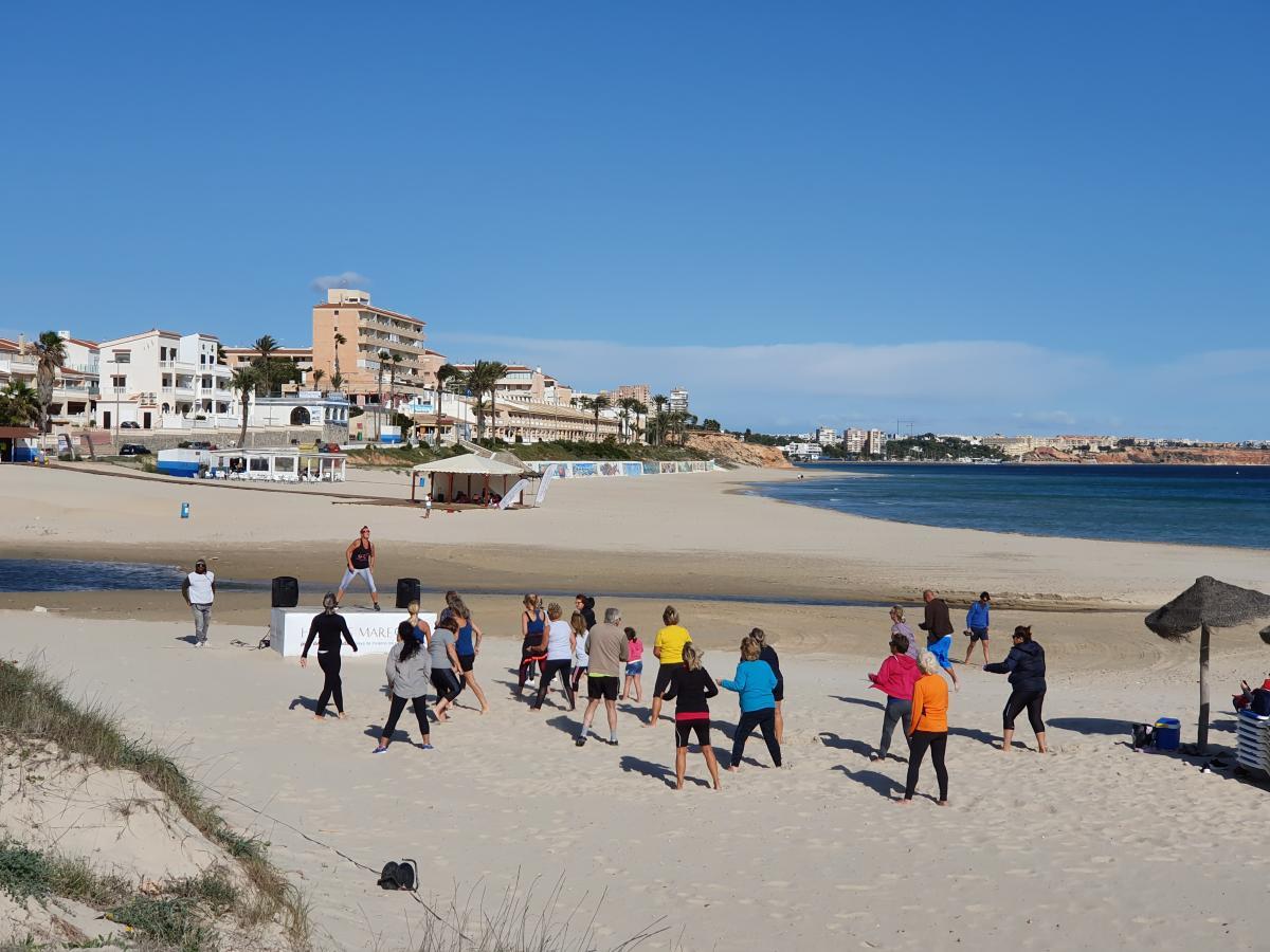 fitness fun hibernis mare mil palmeras pilar de la horadada playa de invierno