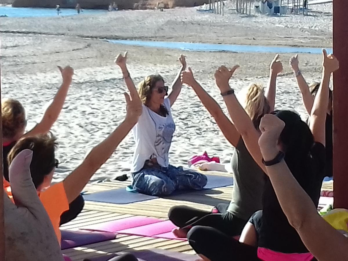 kundalini yoga hibernis mare mil palmeras pilar de la horadada playa de invierno