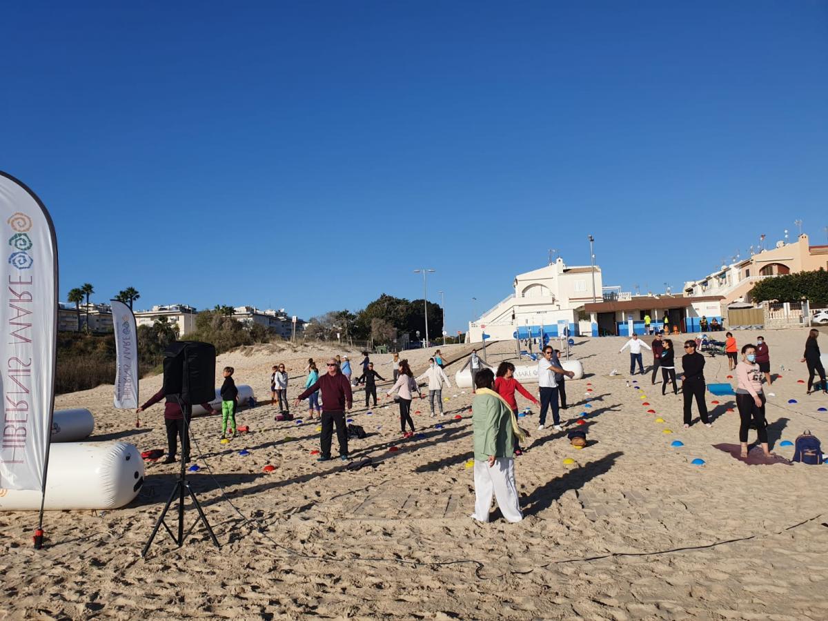 hatha yoga hibernis mare playa de invierno mil palmeras pilar de la horadada